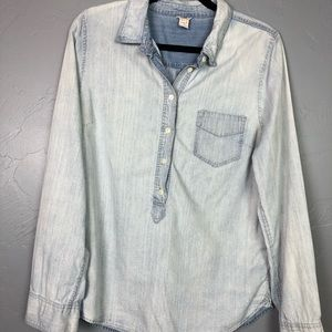 🐢JCrew denim looking blouse size L